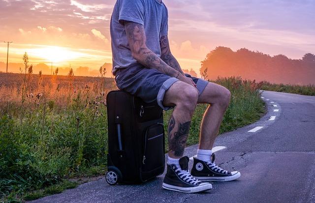 muž na kufru.jpg